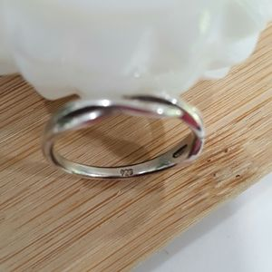 Jewelry - 925 Sterling Silver Infinity Ring Size 7 J66